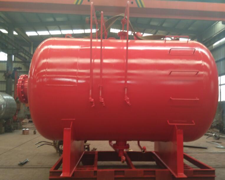 发往上海邦浦的贮罐容积为10000L的压力式比例混合装置